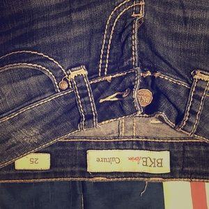 Women's Crop style Jeans